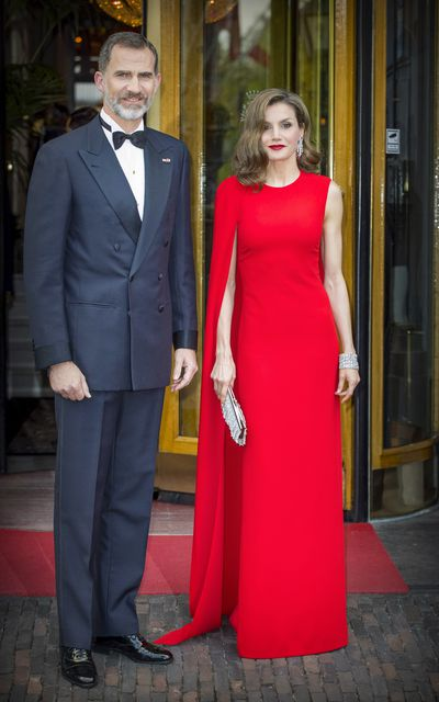 Queen Letizia's striking red gown from Stella McCartney hit all the right style notes at a private birthday for King Willem-Alexander of the Netherlands in April 2017.