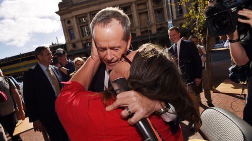 Newspolls indicate 30 percent of women undecided on Turnbull or Shorten