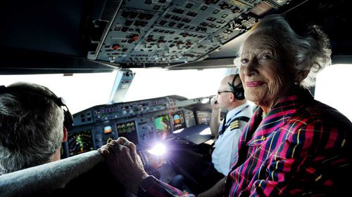 Nancy-Bird Walton obtained a commercial pilot's licence at just 19.