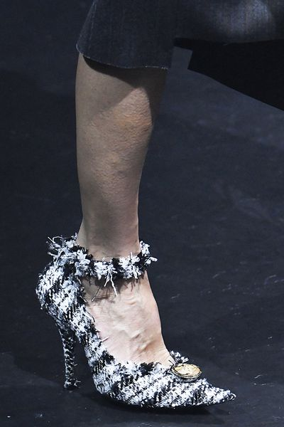A black and white textured heel is eye-catching. Maybe for when the Crocs are in the wash. Crocs are practical if nothing else. And now - fashionable too.