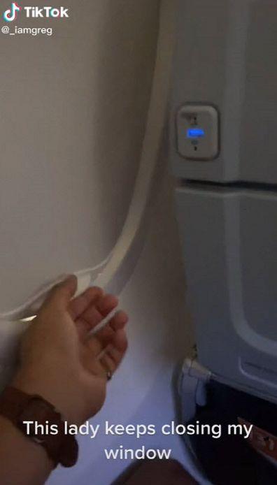 Plane window battle video