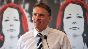 Federal independent minister Rob Oakeshott speaks at the launch of journalist Karry-Anne Walsh's book 'The Stalking of Julia Gillard'. (AAP)
