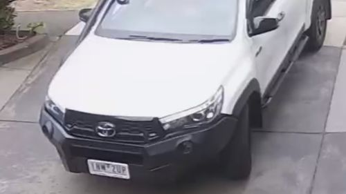 Hunt for white utes after Melbourne shooting