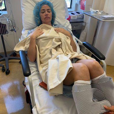 Denise Richards, operation, hernia, scars, hospital, instagram, photos