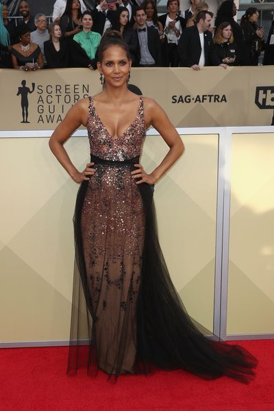 Halle Berry in custom-made Pamela Roland at the 2018 SAG Awards