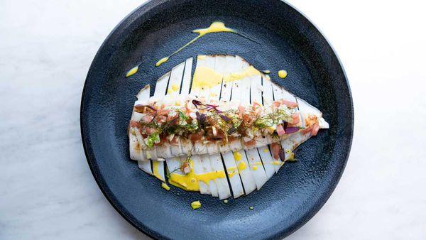 Olio's grilled calamari al limone