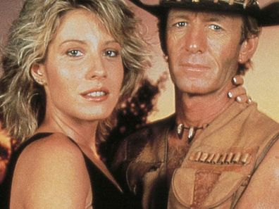 Paul Hogan and Linda Kozlowski in Crocodile Dundee