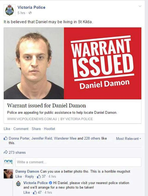 Danny Damon and his conversation with Victoria Police on Facebook. (Facebook)