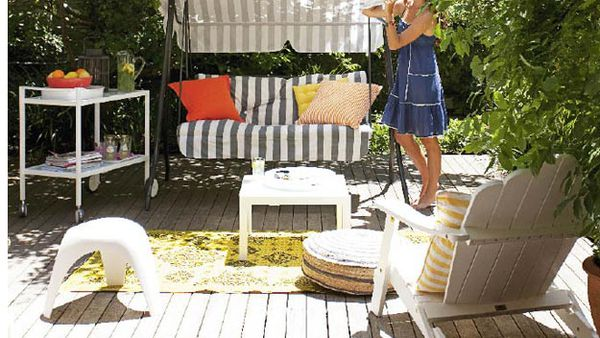 Outdoor chill-out space