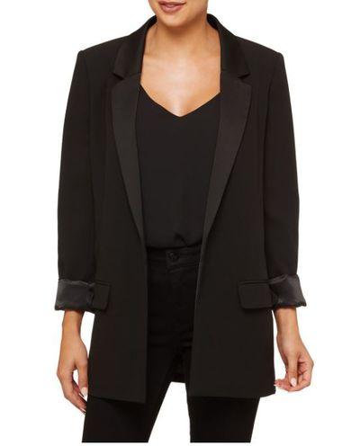 """<a href=""""https://www.sportsgirl.com.au/clothing/jackets/boyfriend-blazer-black-1"""" target=""""_blank"""">Sportsgirl Boyfriend Blazer in Black, $119.95</a>"""