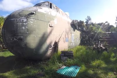 <strong>Abandoned Plane,&nbsp;Manukau Harbour</strong>