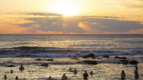 Sydney set to sweat through 'extraordinary' scorcher today