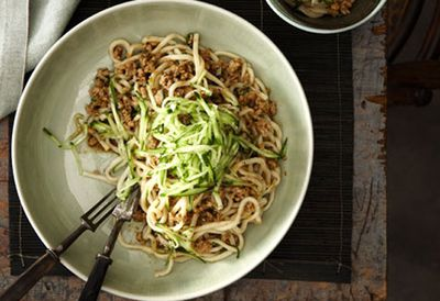 Minced pork tossed noodles (Zhajiang mian)