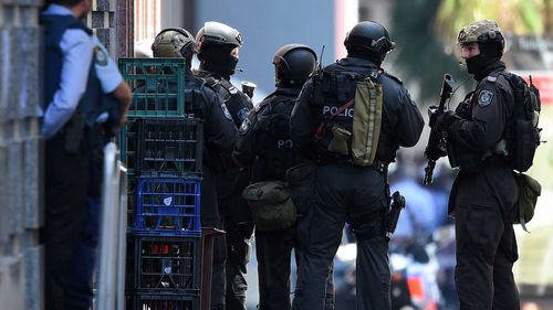 Martin Place siege: Chief sniper criticised response by tactical unit colleagues