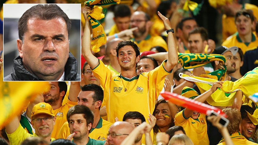 Socceroos fans and (inset) Ange Postecoglou. (Getty)