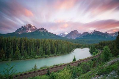 <strong>Motants Curve, Banff National Park</strong>