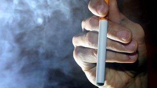 E-cigarettes pose threat to 'susceptible' young Aussies: expert