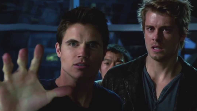 Robbie Amell plays Stephen Jameson in 'The Tomorrow People'.