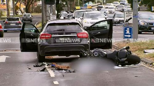 Road toll rises after motorcyclist killed in Melbourne crash