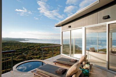 "<a href=""http://southernoceanlodge.com.au/"" target=""_blank"">Southern Ocean Lodge, SA</a>"