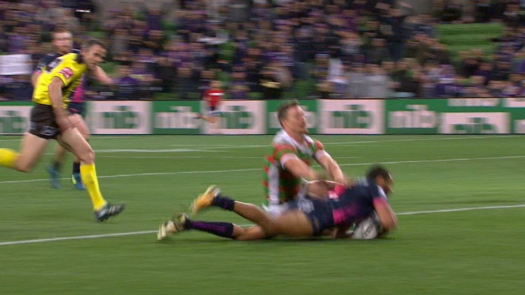 Addo-Carr scores freakish try