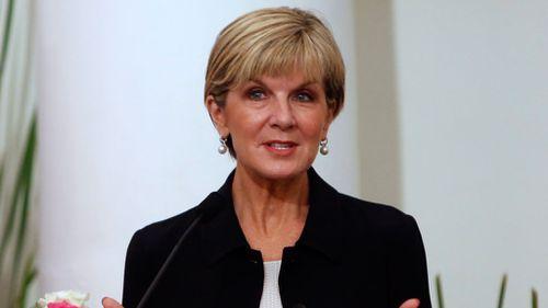 Julie Bishop faces criticism over refugees