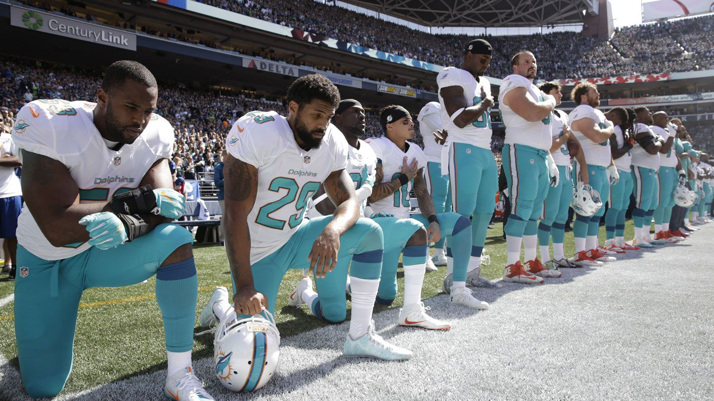 NFL: Miami Dolphins to stand for anthem in 2018
