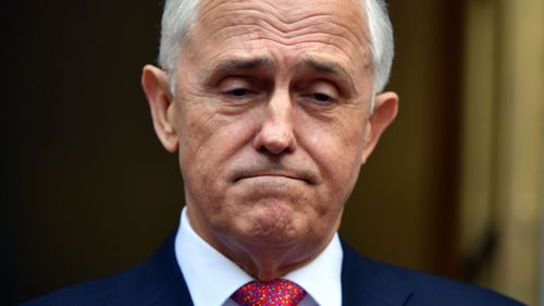 Ten of Malcolm Turnbull's ministers have offered to resign amid the leadership tussle.