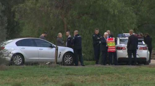 Police outside the Hillier property. (9NEWS)