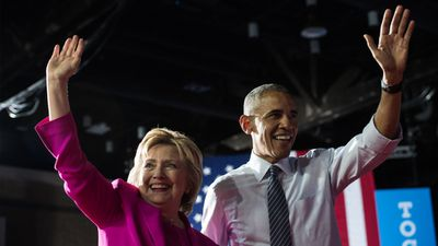 Ms Clinton and US President Barack Obama at a campaign event in North Carolina on July 5.