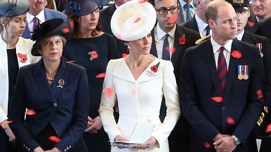 Thrifty Duchess of Cambridge recycles designer wardrobe