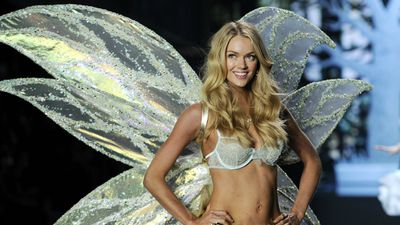 American beauty Lindsay Ellingson poses during the Victoria's Secret Fashion Show in London. (AAP)