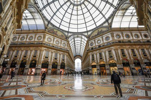 Рассеяние людей в Галерее Витторио Эмануэле II в Милане Среда, 26 февраля 2020 года. Картина: Клаудио Фурлан