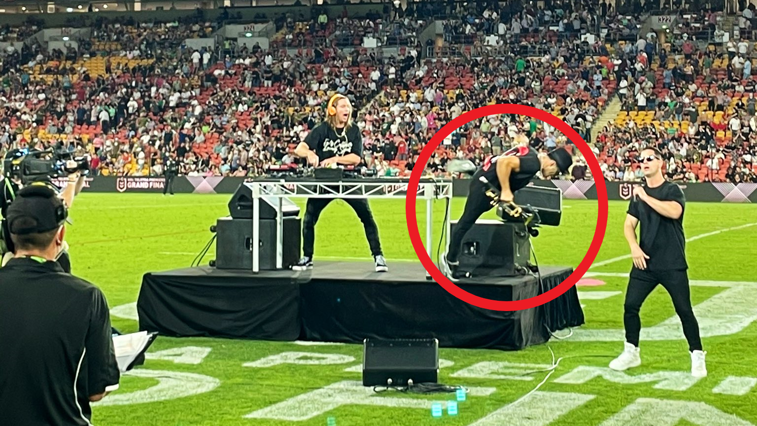 NRL grand final entertainment goes bad as Timmy Trumpet tumbles off stage at half time
