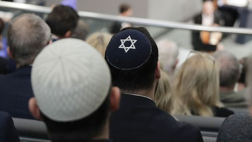 German official cautions on wearing Jewish skullcaps