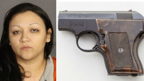 US police find loaded handgun inside woman during drug stop