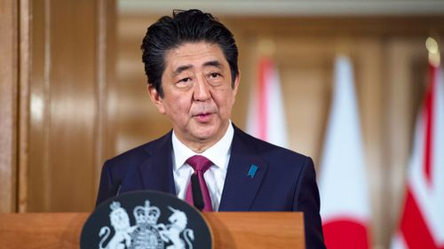 Japanese Prime Minister Shinzo Abe has urged British lawmakers to back Prime Minister Theresa May's Brexit deal.