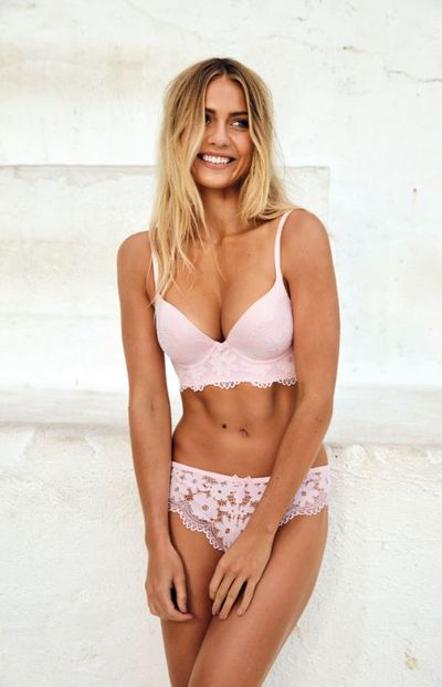Elyse Knowles modelling the Body Bliss by Bras N Things collection
