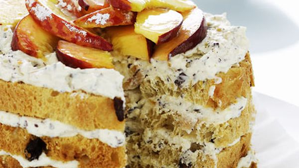 Panettone, ricotta and peach cake