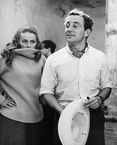 Jeanne Moreau and Louis Malle in the set of the 1965 film, <em>Viva Maria!</em>