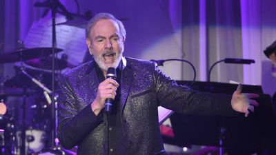 Neil Diamond cancels Australian concerts after Parkinson's diagnosis