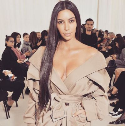 The queen of the selfie, Kimmy K keeps skin gorgeous with the help of the Luna.