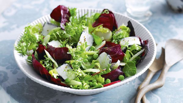 Goat's cheese, pea and mint salad