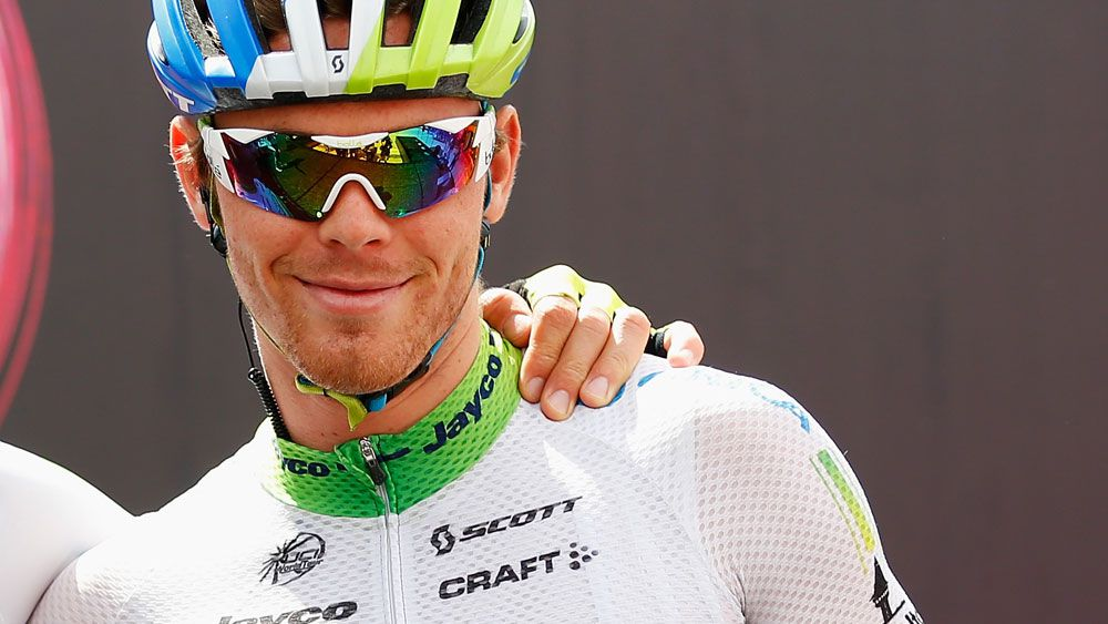 Australian cyclist Michael Hepburn smashes car window during Tour of Britain crash