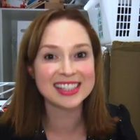Ellie Kemper impresses Ellen with hilarious British accent