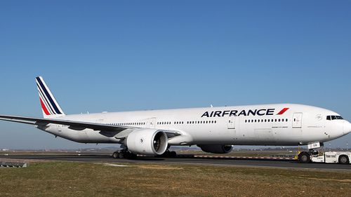 Air France jet flew 'too close' to African volcano while avoiding storm