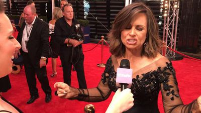 Logies 2017: Celebs reveal which shows they're binge-watching, Lisa Wilkinson belts out theme