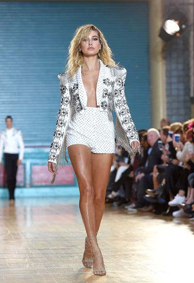 Hailey Baldwin in Julien Macdonald, spring/summer '17, London Fashion Week