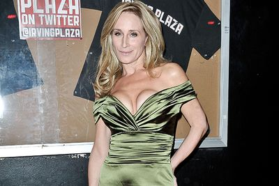 Like so many in the public eye, current New York housewife Sonja Morgan doesn't believe in drivers.  During her first season of the show she was busted for a DWI (driving while intoxicated) in South Hampton, refusing to take a breathalyzer test but failing the field sobriety one.