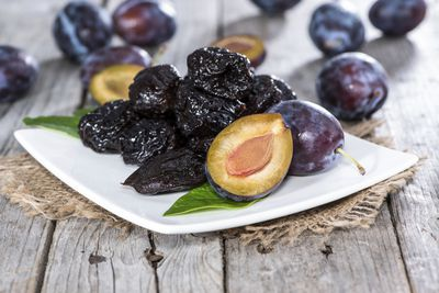 <strong>Prunes</strong>